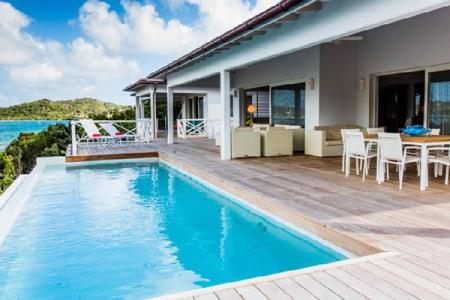 Villa Antigua  – Turtle Bay - ID. #027
